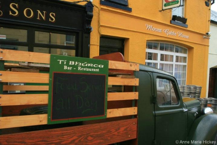 Irish Ads - ID: 4227980 © Anne Hickey