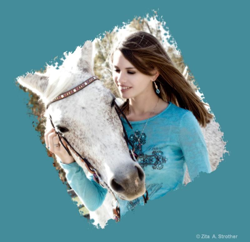 web-22-kelseylumiar-10-2011-zita - ID: 12458613 © Zita A. Strother